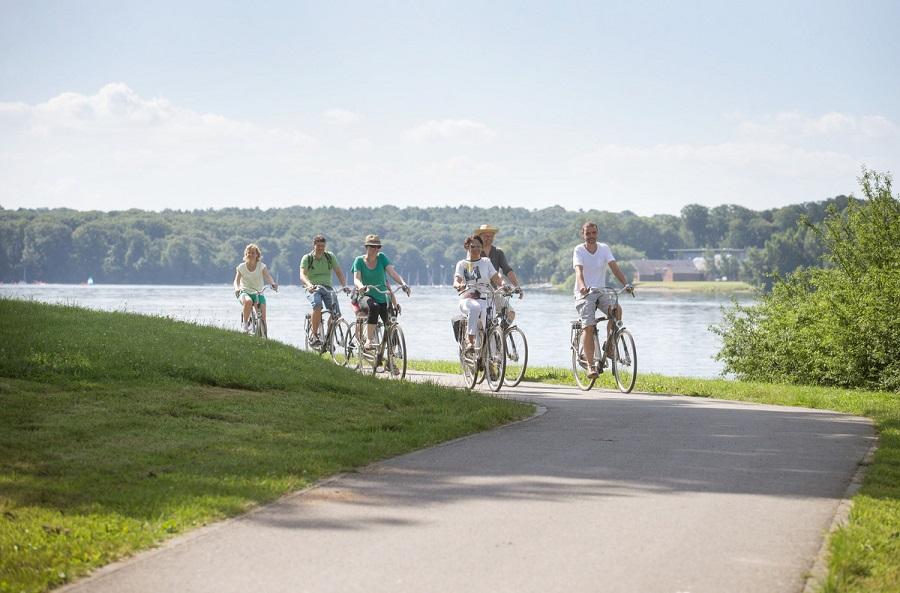 Balade à vélo autour des lacs