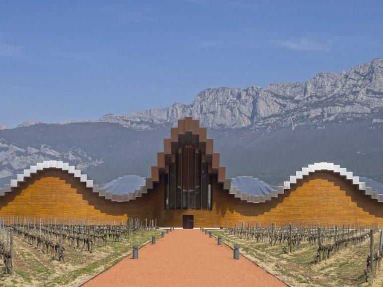 Ysios, la bodega la plus futuriste de la Rioja