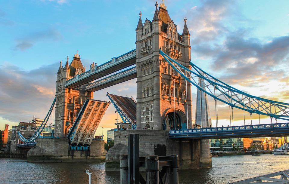 Voyages au Royaume-Uni : une bonne et une mauvaise nouvelle !