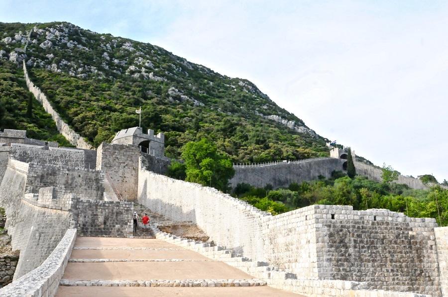Ston muur