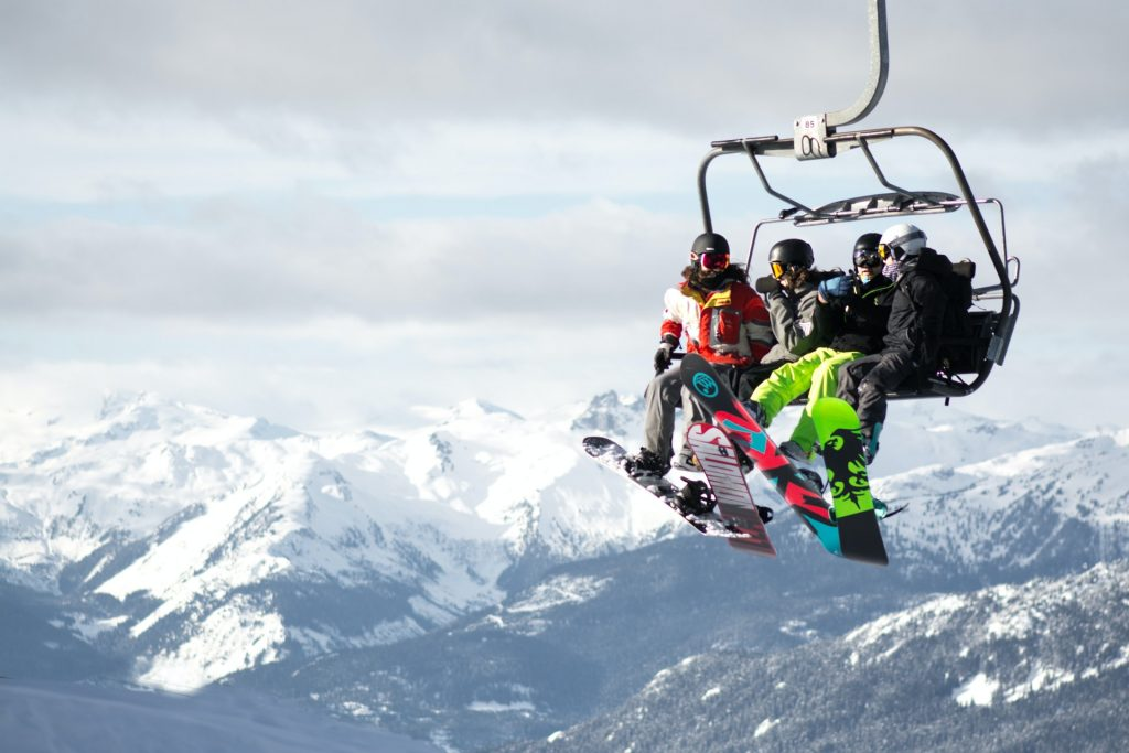 TOP 5 des pistes de ski les plus dangereuses au monde