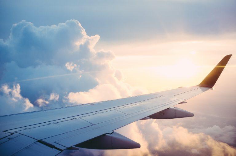 TOP8 van de tricks om minder te betalen voor je vliegtuigticket