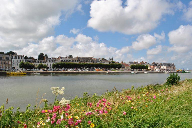 Deux joyaux de part et d'autre de la Baie de Somme : Saint-Valéry-sur-Somme et Le Crotoy