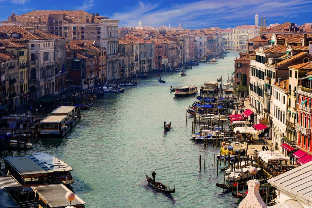 Venise : Un premier navire depuis… 17 mois !